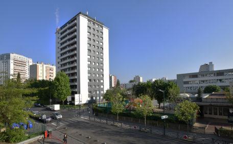 Tour des Mourinoux, in der Nähe von Paris