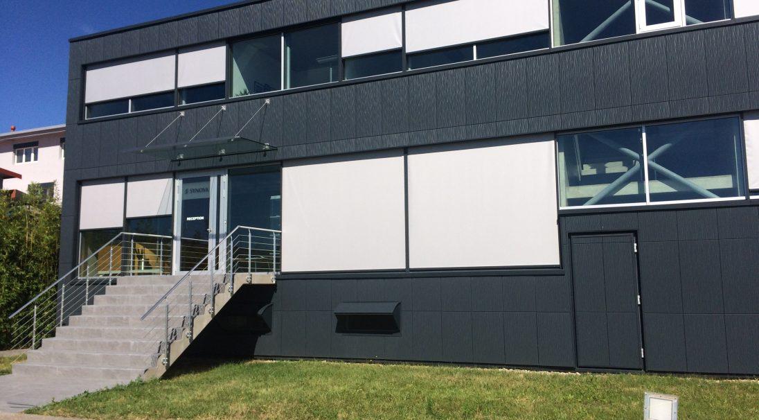 Standort: Duillier (Schweiz),  Art der Konstruktion: Neubau,  Verlegesystem: Verkleidung ohne Unterkonstruktion (VoU),  Verwendetes Produkt: DUNE