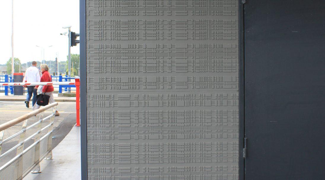 Standort: Dieppe (Frankreich),  Verlegesystem: Verkleidung mit Unterkonstruktion (VmU),  Verwendetes Produkt: RHODES und URBA