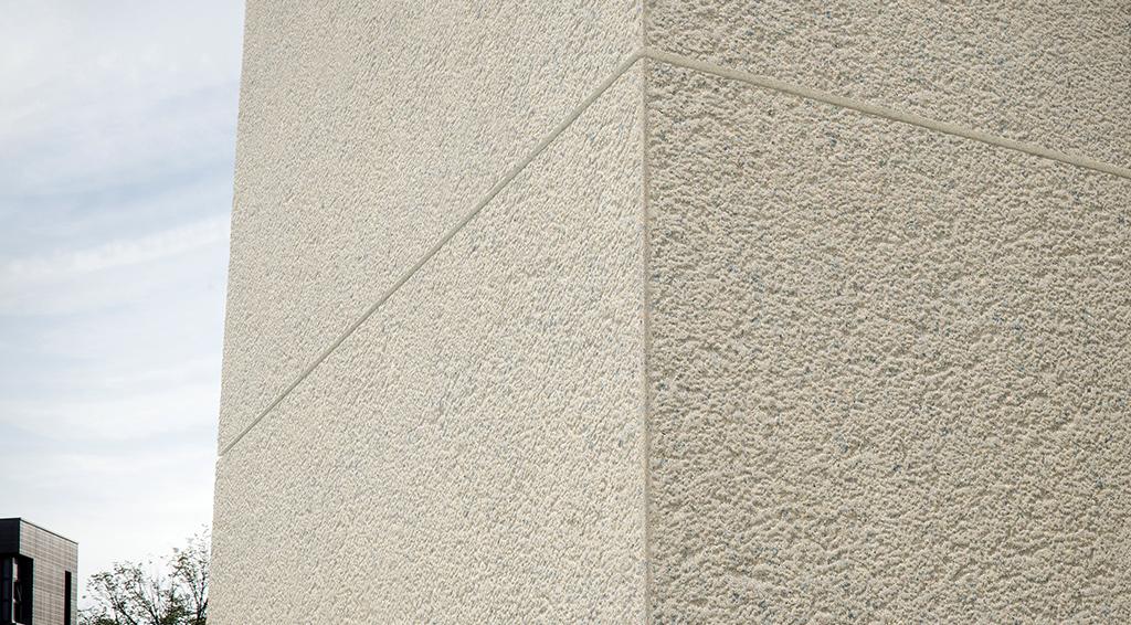 Angle façade assemblé-collé